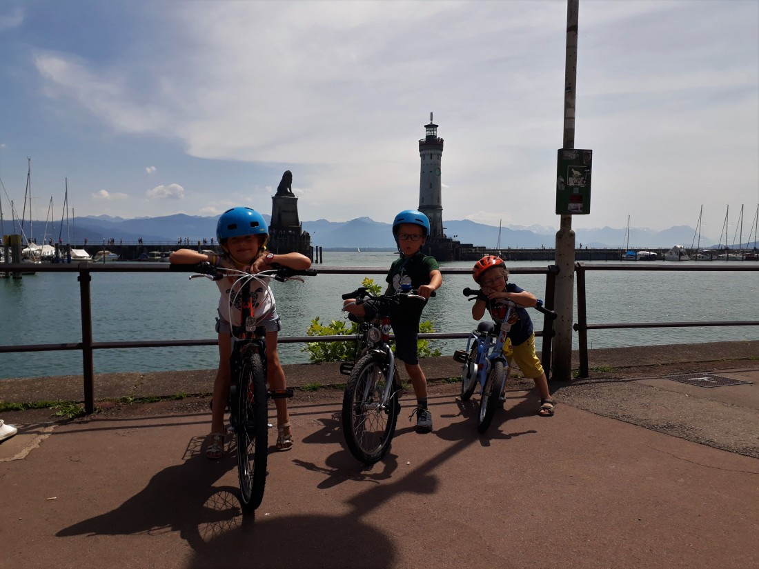 Wandern mit Kindern in vorarlberg, radfahren am bodensee, radfahren mit kindern, bregenz lindau radtour, pipeline