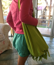 T-Shirt upcycling, best upcycling tipps, upcycling inspiration, einkaufstasche selber machen, inspirationen upcycling, shopping bag from old shirts, thesunnysideofkids